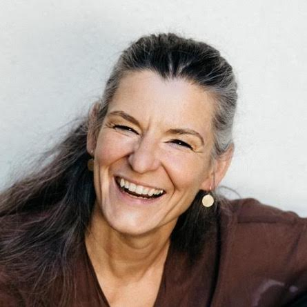 Speaker - Claudia Heinle